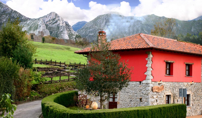 Casa rural en ribadesella asturias el rinc n del sella - Casa rural con piscina climatizada asturias ...