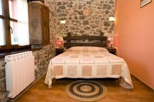 Rincon del Sella Habitación La Tonada cama