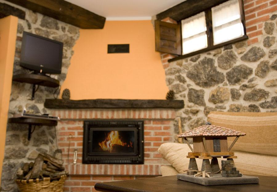 chimenea de la casa rural