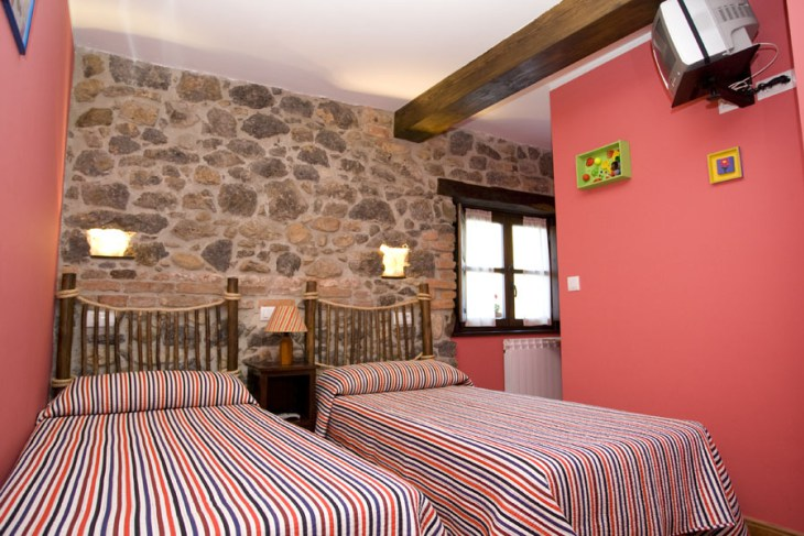 Bedrooms la Bolera el Rincon del Sella cottage