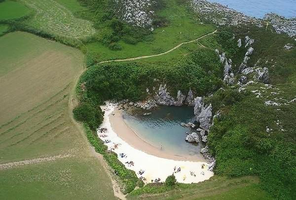 Besuches in Gulpiyuri Asturias