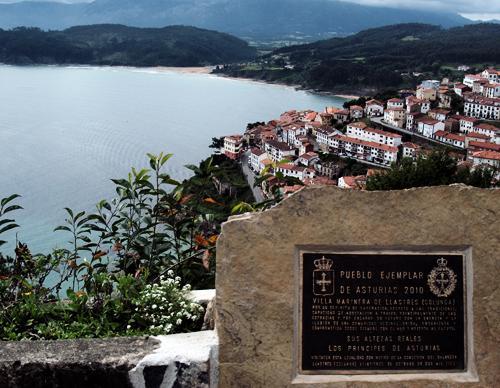 Lastres pueblo ejemplar de Asturias 2010
