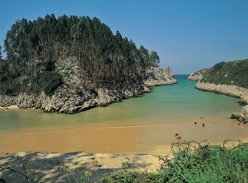 Playa de Guadamia Ribadesella, Llanes