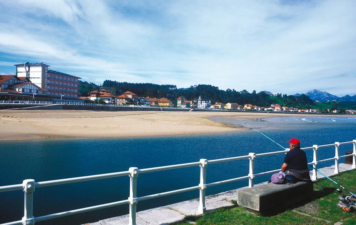 Visiting Playa Santa Marina Ribadesella Asturias