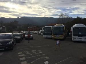 Estacionamiento carrera de orientación en Porrua Llanes